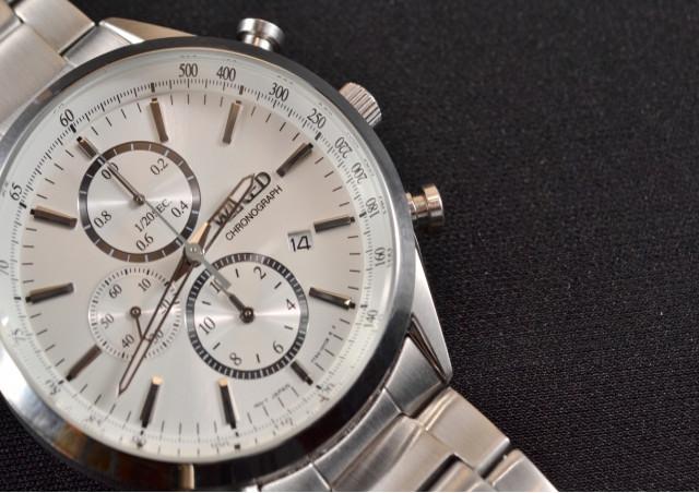 ブランド買取で時計を高く売るポイント