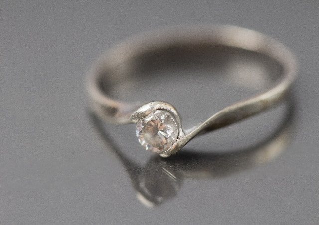 加古川で宝石買取を利用するなら、ダイヤ、指輪、宝石をまとめて査定できるノースプラザ