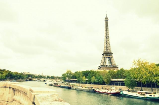 自然豊かなパリの街並み